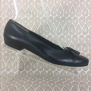 Salvatore Ferragamo Boutique Flats Size 9 3A S412